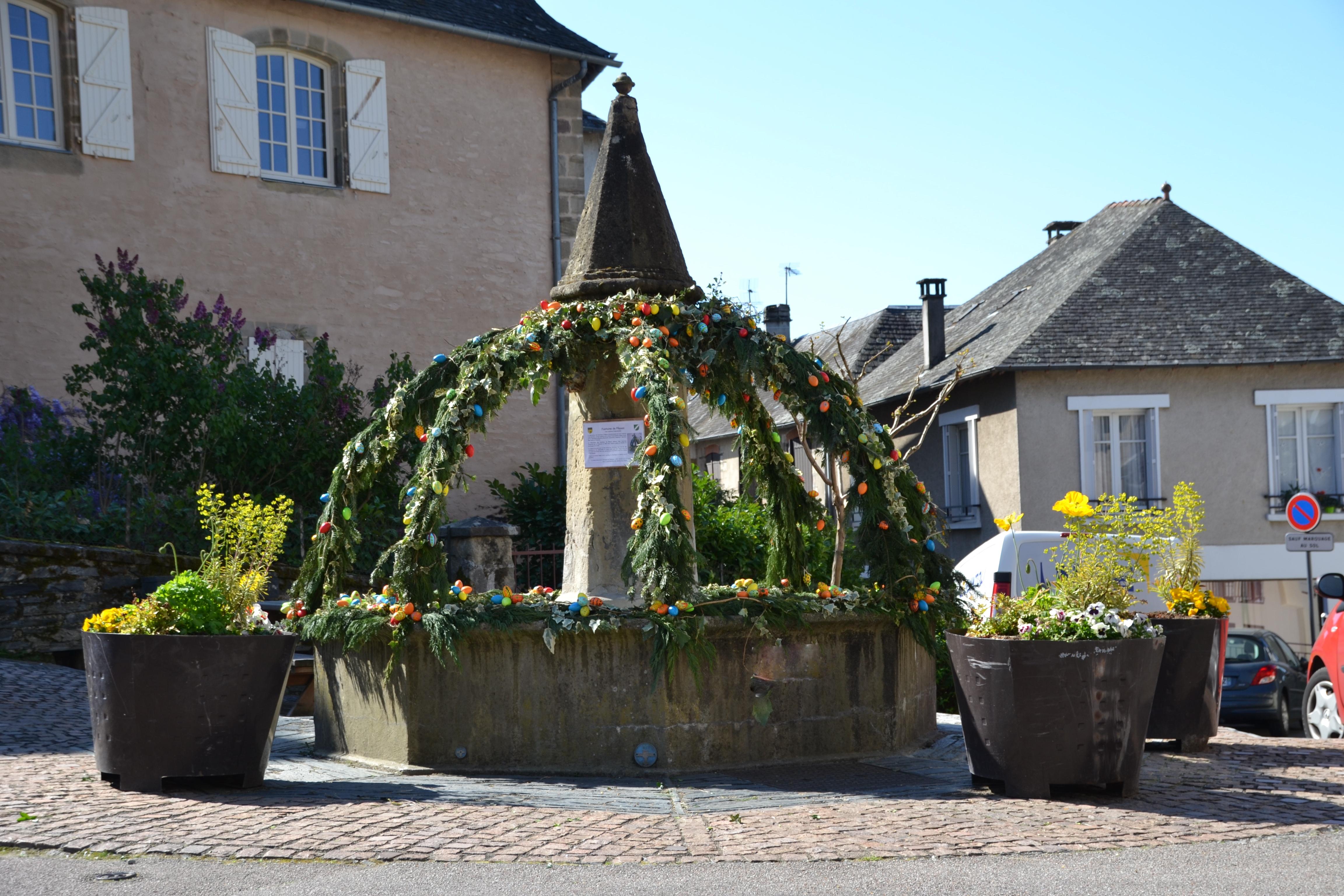 Donzenac Fontaine de Pâques 2017