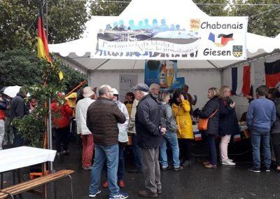 19-10-06-(1) Journées de la Quintinie à Chabanais Stand franco allemand
