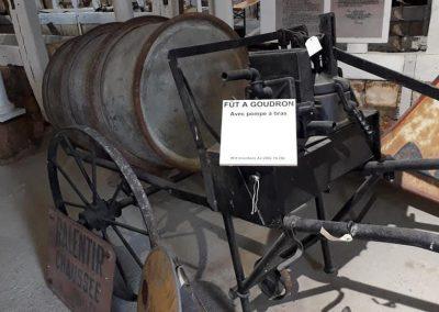 19-10-07-(3)Musée du cantonnier à Guilly